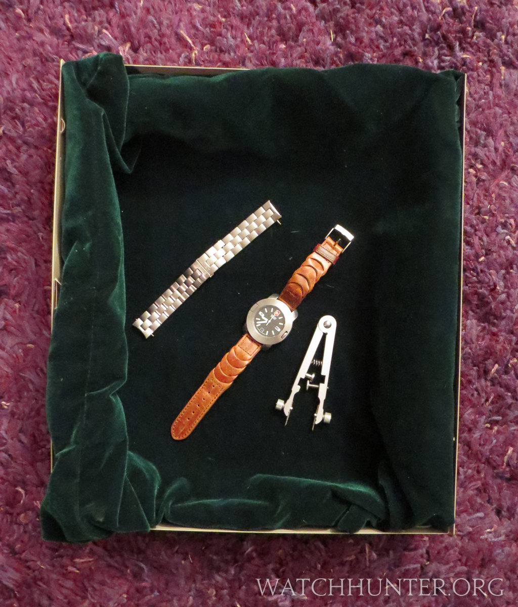 how to change the watch band on a watch