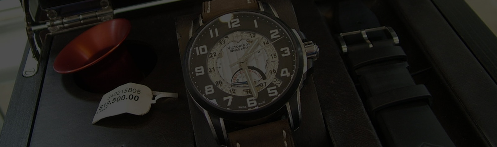 MEET THE WATCH: Victorinox Swiss Army 2006 Legacy Réserve de Marche Platine Ultra Watch
