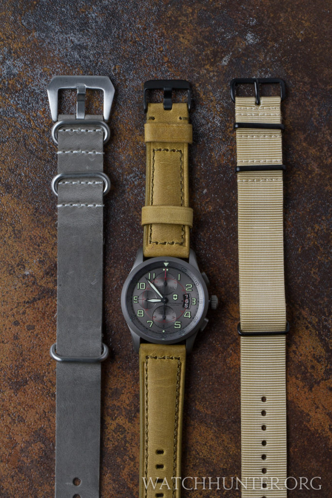 Ultimately, I ordered 2 bands fromCrown & Bucklewhich are the ones on the right side.