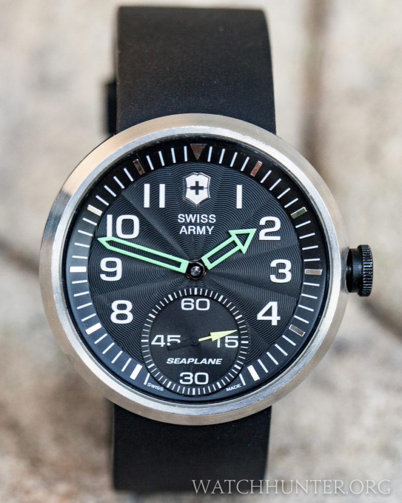 The Victorinox Swiss Army Seaplane XL is a perfectly circular watch without protruding lugs