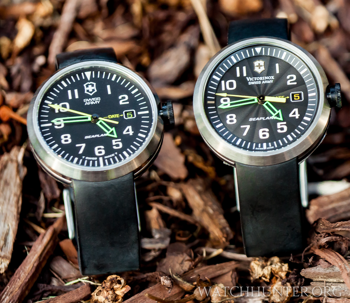 Can you spot the differences in these two quartz SeaPlane watches?