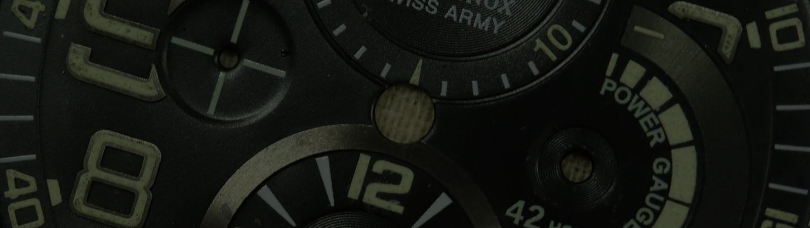 WATCH SLEUTH: The Mystery of a Loose Dial from Victorinox Swiss Army's 2008 Airboss Mach 6 Power Gauge Limited-Edition