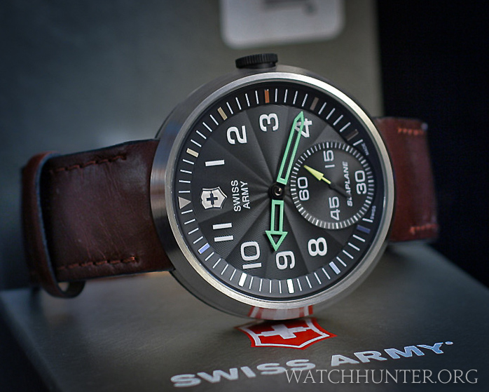 Victorinox Swiss Army SeaPlane XL on leather watchband. Photo: eBay