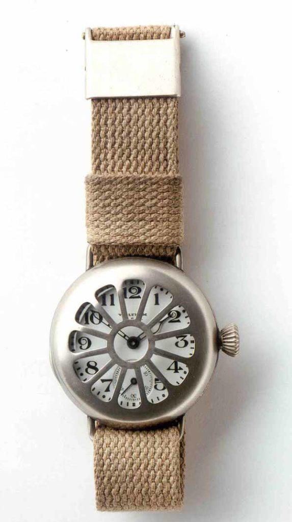 A World War I style wristwatch. Photo: Wikipedia