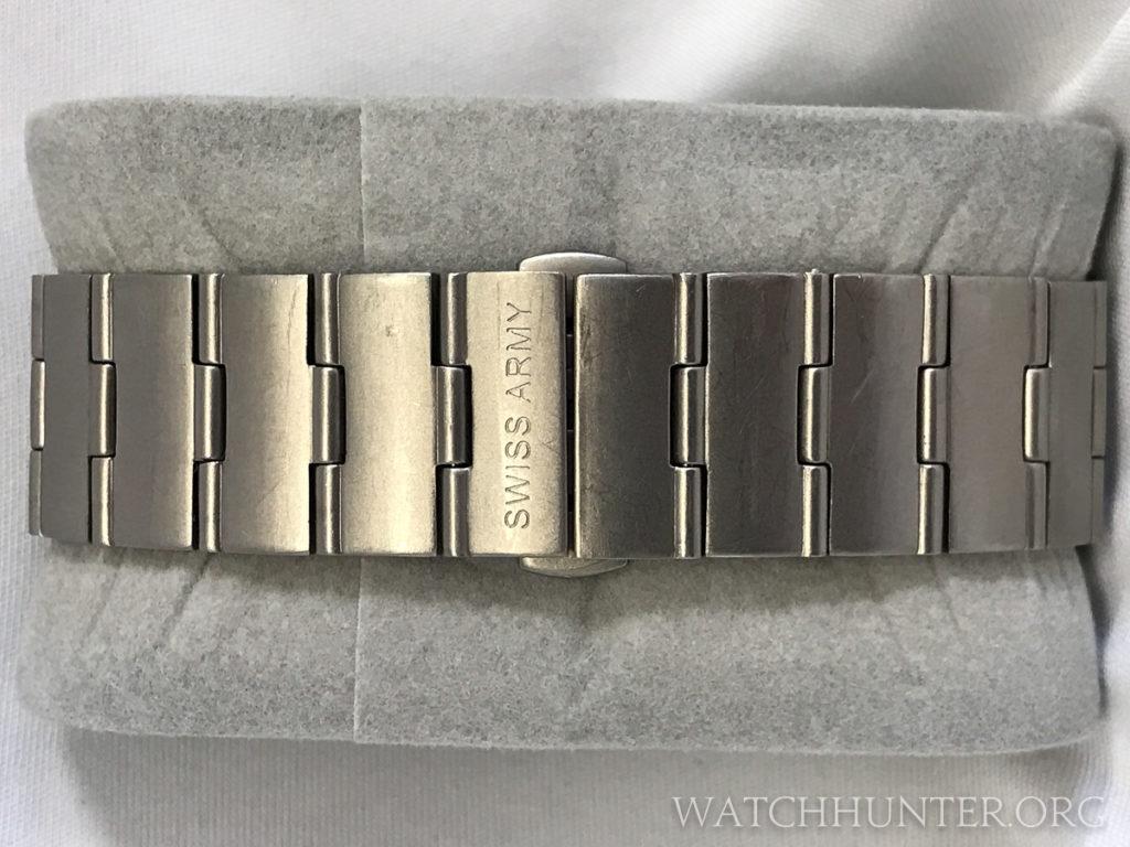 A titanium bracelet with hidden clasp for the Swiss Army Titanium Whisper. Photo: Kraig Radesi