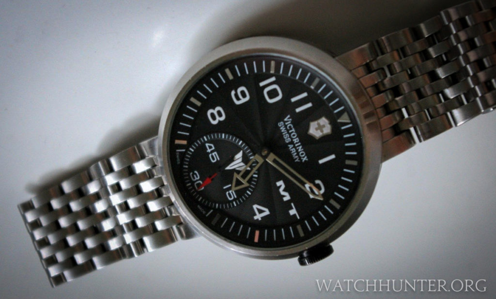 This watch may look familiar, but it is highly modified from an exisiting Victorinox model. Photo: cytochrom