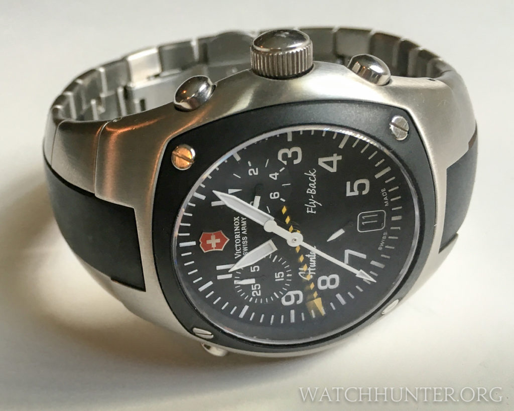 The Hunter Mach 2 has a flyback chronograph and a rattrapante hand that is marked with stripes