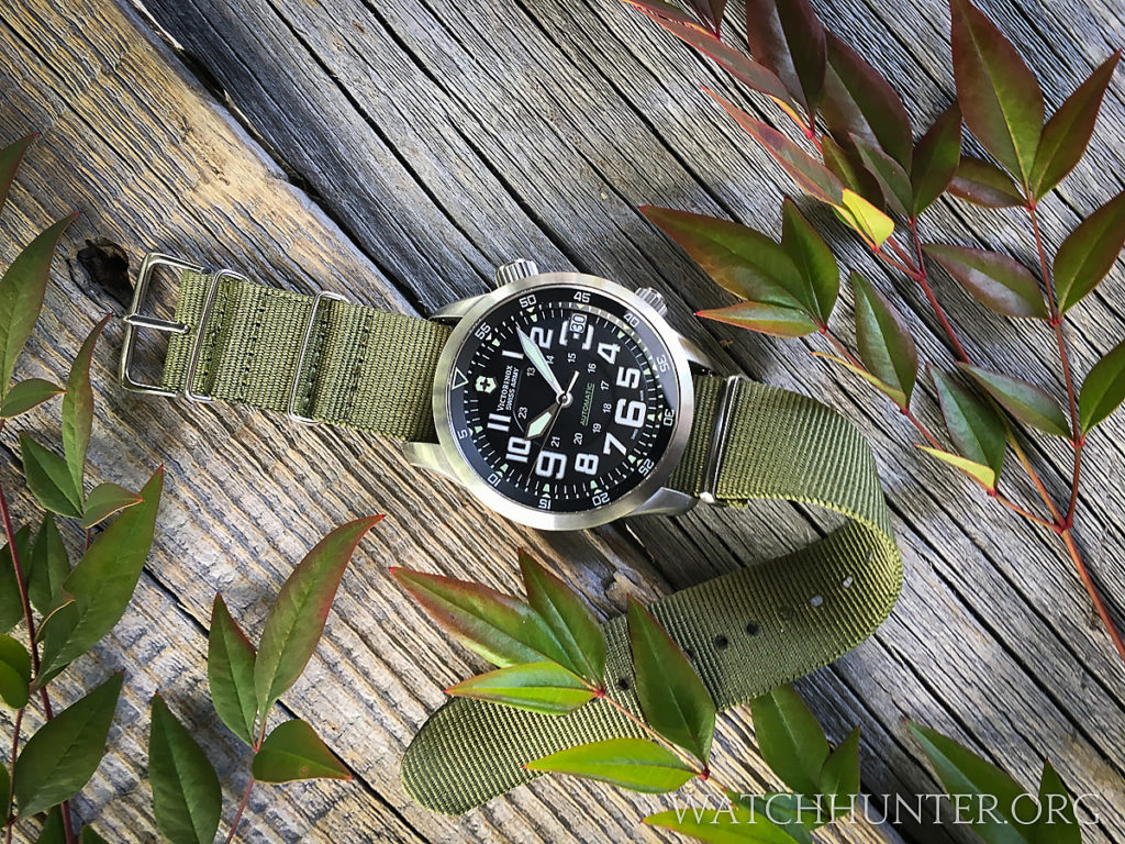 Up close or from far away, the Victorinox Swiss Army Airboss Mach 7 makes an impression
