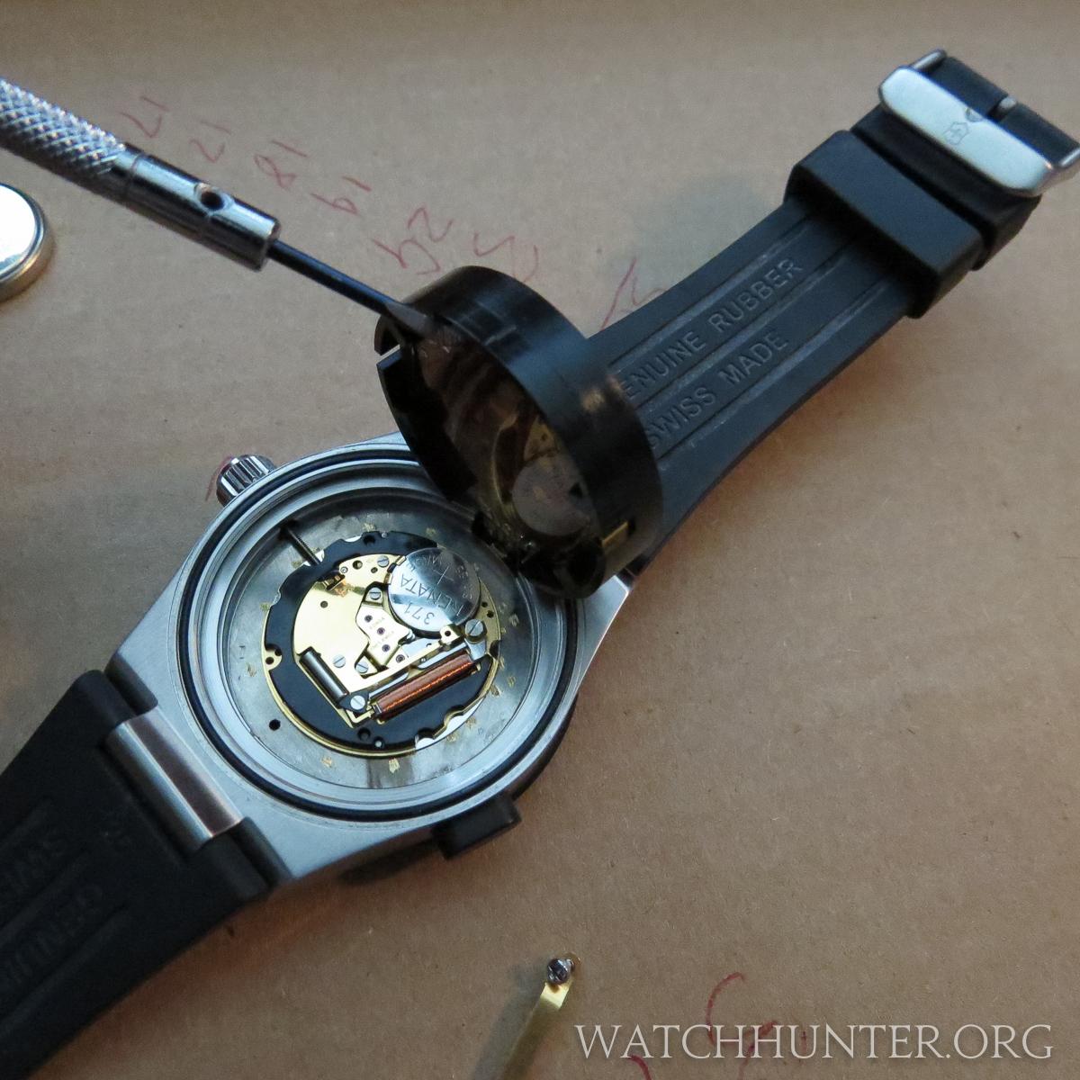 Meet The Watch Victorinox Swiss Army Night Vision